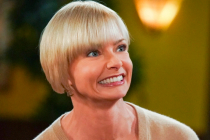 Jaime Pressly Comedy The Porch, From Mom Co-EP, in Development at CBS