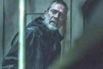 Walking Dead's Jeffrey Dean Morgan Promises It 'Gets a Lot F--king Crazier' After Nasty Episode-Ending Surprise