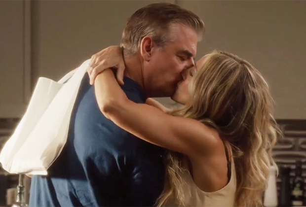 Sex and the City: Carrie and Mr. Big Share a Smooch in First Footage From HBO Max Revival And Just Like That