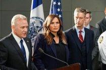 Law & Order: SVU Premiere Recap: The Squad Loses Two! -- Plus, Grade It!