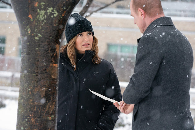 law-and-order-svu-stabler-benson-letter-organized-crime-photos