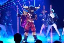 The Masked Singer Premiere Recap: Bull-Court Press --Plus, Grade It!