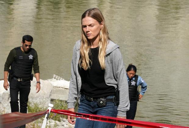 Tracy Spiridakos in Chicago P.D. Season 9