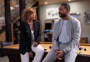 Wendy Raquel Robinson and Hosea Chanchez in The Game revival