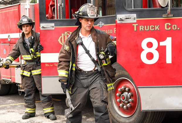 """CHICAGO FIRE -- """"Headcount"""" Episode 1002 -- Pictured: (l-r) Alberto Rosende as Blake Gallo, Jesse Spencer as Matthew Casey -- (Photo by: Adrian S. Burrows Sr./NBC)"""
