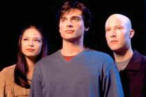 Smallville @ 20: Tom Welling Opens Up About Nixed Season 1 Suit-Up, Batman Ban and Our 'Best CW Show' Tourney