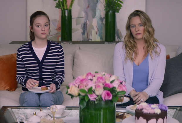 the-baby-sitters-club-premiere-recap-season-2-episode-1-kristy-and-the-snobs