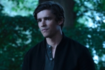 Titans Star Explains Finale's Lack of a Season 4 Teaser, Says Paradise Island Almost Looked a Lot Less Chilly